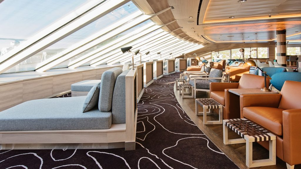 Hurtigruten-MS Roald Amundsen-schip-Cruiseschip-Explorer Lounge